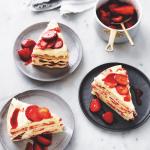 Strawberry & coconut shortbread cake