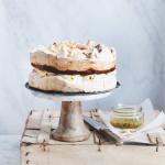 Granadilla meringue cake